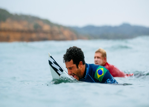 No total, 12 brasileiros representam o país no Circuito Mundial de Surf de 2018