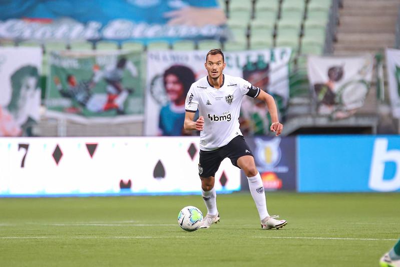 Zagueiro atleticano valorizou o bom futebol jogado pela equipe ao longo do primeiro turno do Brasileiro. Foto: Pedro Souza / Atlético