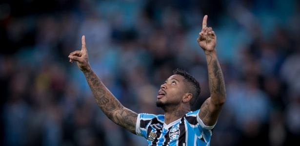 Marinho volta a ser relacionado pelo Grêmio depois de quase um mês parado