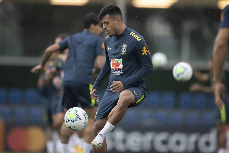 Jogador do Palmeiras está assintomático e foi isolado do restante do grupo da seleção. Foto: Lucas Figueiredo/CBF