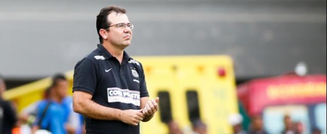 Discípulo de Ricardo Drubscky, técnico já comanda a equipe nos treinos desta quinta-feira à tarde