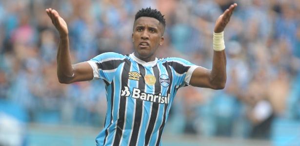 Bruno Cortez tem trauma no tornozelo e está na lista de problemas do Grêmio. Foto: Ricardo Rímoli/AGIF