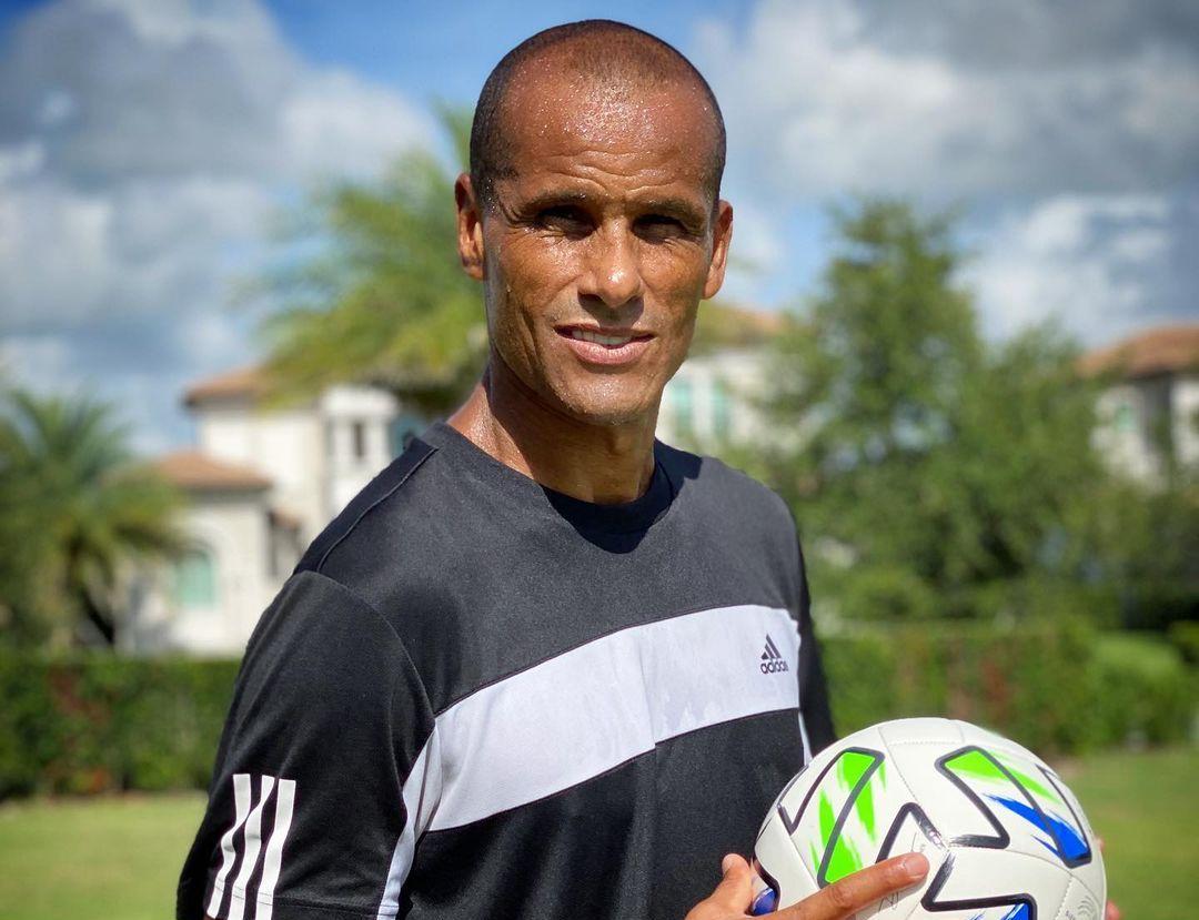Rivaldo marcou cinco gols na Copa de 2002 e foi um dos destaques da competição. Foto: Instagram/Reprodução