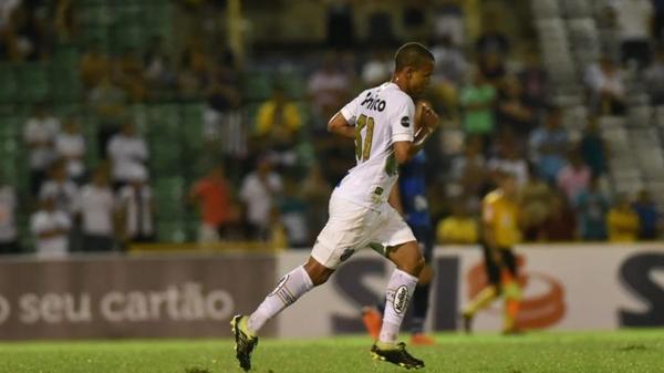 Jovem Sandry é uma das promessas do sub-17, mas ele pode deixar o Santos. Foto: Ivan Storti/Santos FC