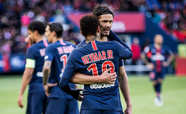 Neymar e Cavani saindo do PSG?