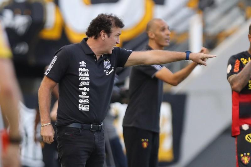Protocolo da Conmebol proíbe o técnico santista de participar do jogo na Vila Belmiro. Foto: Pedro Ernesto Guerra Azevedo/Santos FC