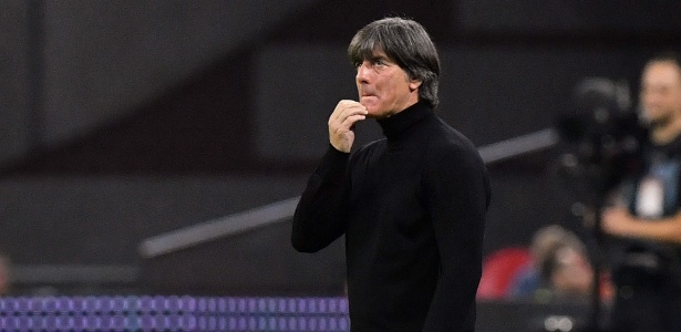 Joachim Löw tem problemas para fazer a Alemanha voltar a vencer. Foto: EMMANUEL DUNAND/AFP/Via UOL
