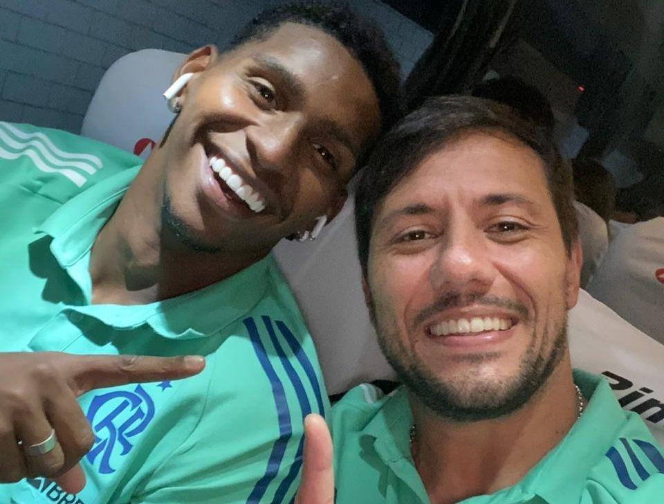 Diego Alves tem contrato com o Fla até 31 de dezembro, enquanto Hugo renovou até 2025. Foto: Twitter/Reprodução
