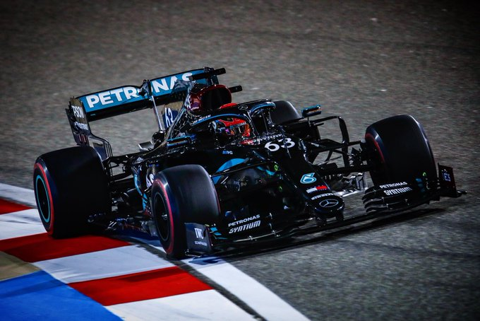 O substituto de Hamilton começou bem o fim de semana do GP no Bahrein. Foto: Mercedes-AMG Petronas F1