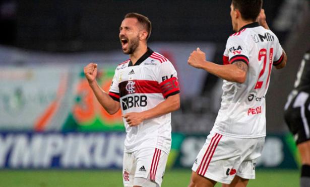 Rubro-Negro marcou com Everton Ribeiro. Foto: Flamengo/Divulgação