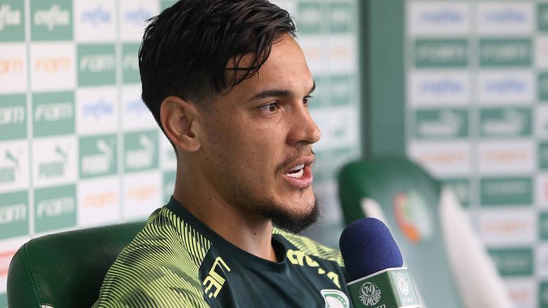 Zagueiro do Verdão elogiou o trabalho do técnico português. Foto: Cesar Greco
