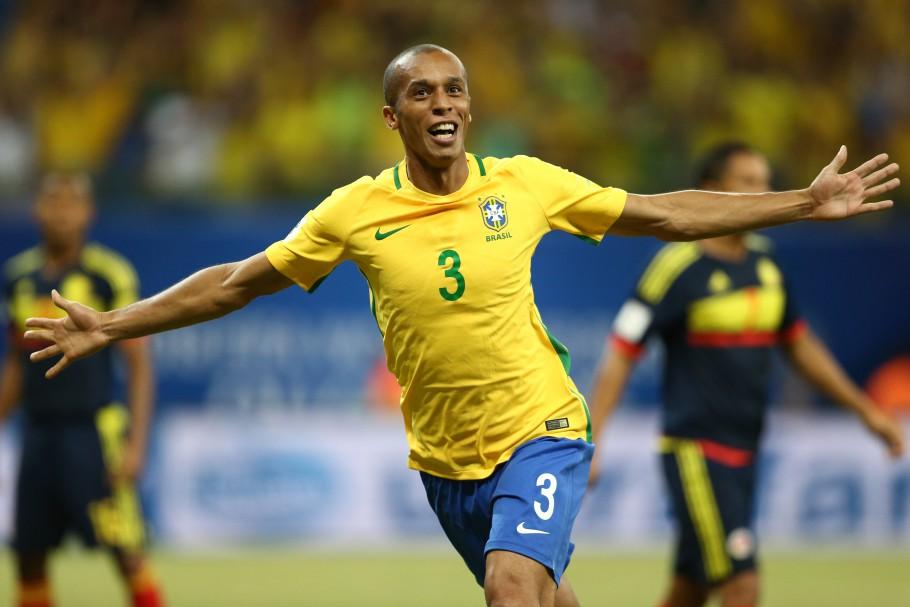 Ex-zagueiro da seleção, Miranda pretende jogar por São Paulo ou Coritiba. Foto: Lucas Figueiredo/CBF