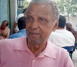 Bauer nasceu em São Paulo no dia 21 de novembro