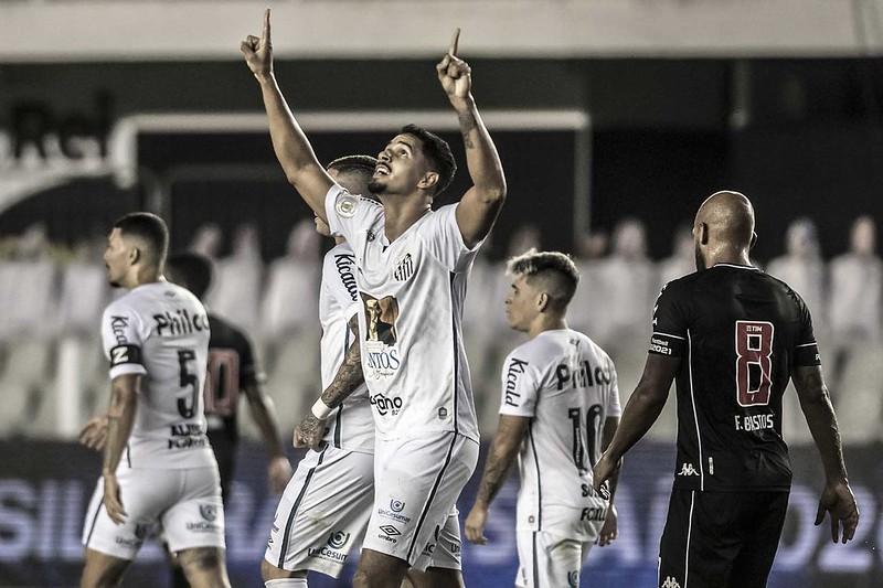Portugueses oferecem 6,5 milhões de euros pagos em três parcelas ao Peixe. Foto: Ivan Storti/Santos FC