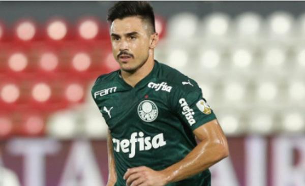 Willian, que completou 200 jogos pelo Verdão, disputa o confronto. Foto: Cesar Greco/Palmeiras