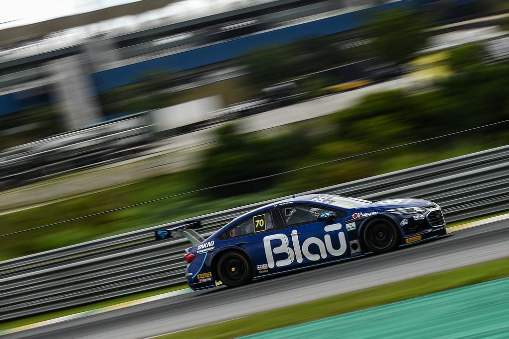 O piloto da Blau Motorsport estabeleceu a melhor marca do fim de semana. Foto: Duda Bairros/Vicar