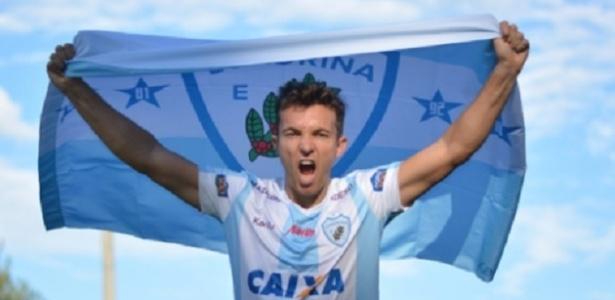 Dagoberto assinou contrato com o Londrina até o fim da Série B
