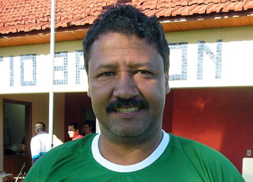 Ex-jogador sofreu três paradas cardíacas em Fernandópolis-SP