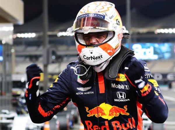 Foi o décimo triunfo do holandês na categoria. Foto: Aston Martin Red Bull Racing