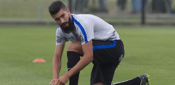 Del`Amore foi comprado pelo Corinthians em 2017; hoje atua no Londrina por empréstimo
