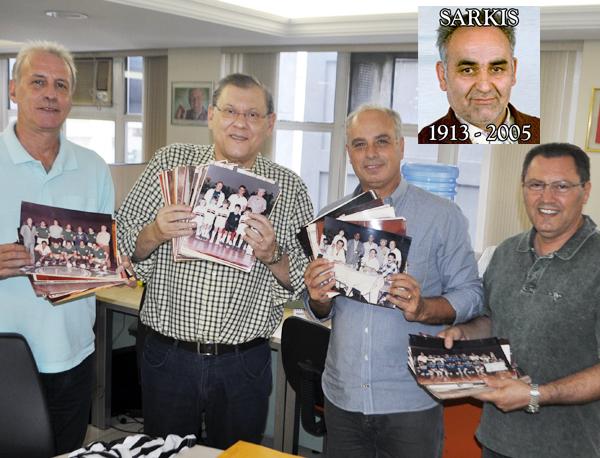 O jornalista doou mais de cinco mil fotos aos dirigentes da entidade