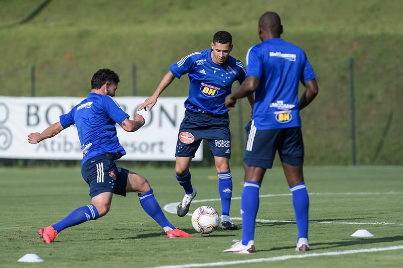 Matheus Pereira falou sobre o próximo confronto do time celeste. Foto: Cruzeiro/Divulgação