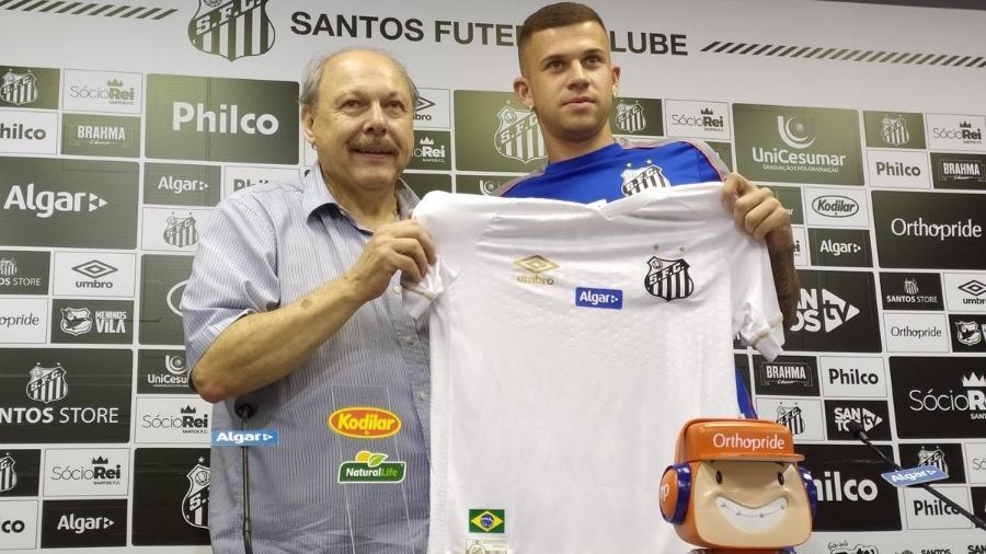Volante Jobson, contratado pelo Santos, estava na mira do Atlético-MG. Foto: UOL