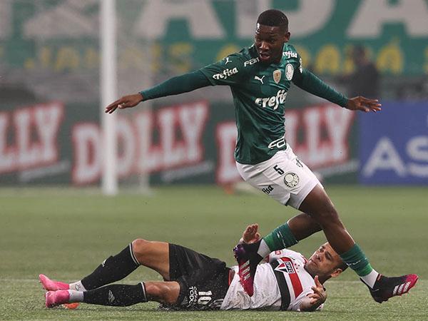 Patrick de Paula fora do Palmeiras?