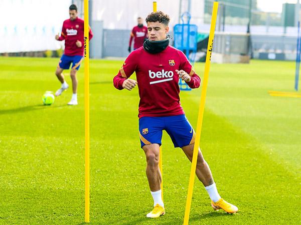 Camisa 14 do Barça sofreu lesão no menisco do joelho esquerdo. Foto: Facebook/Reprodução