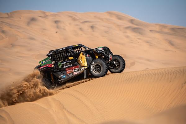 Dupla Varela/Justo na etapa 2 da competição. Foto: Victor Eleutério/Fotop/Divulação