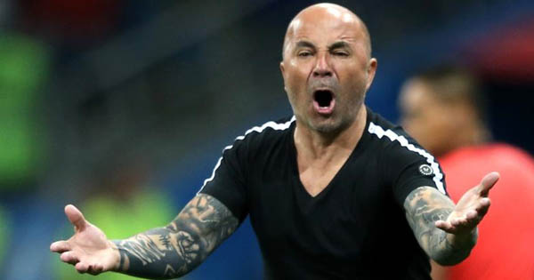 Treinador sofreu derrota dolorosa em clássico contra Palmeiras. Foto: Gabriel Rossi/Getty Images/Via UOL