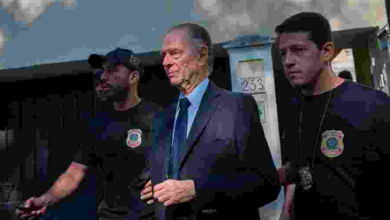 Mandado de prisão temporária é de cinco dias. Foto: Mauro Pimentel/AFP/via UOL