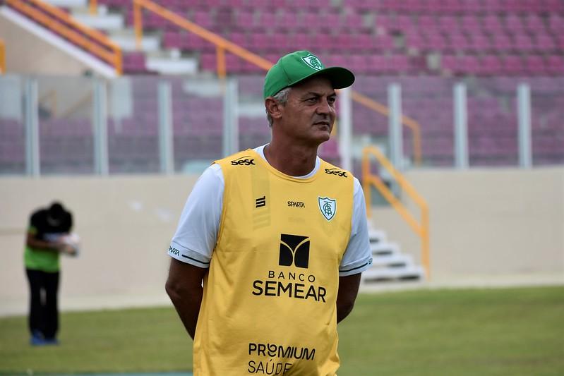 Sob o comando de Lisca, o Coelho conseguiu acesso para a Série A do Brasileiro. Foto: Estevão Germano / América