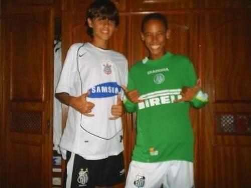 Neymar, garoto, com a camisa do Palmeiras. Foto; Reprodução