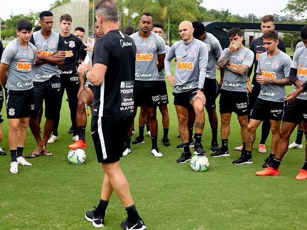 """Dez atletas do elenco alvinegro haviam testado """"falso positivo"""". Foto: Rodrigo Coca/Ag Corinthians"""