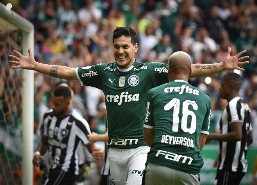 Com mais um triunfo, o Verdão chega a 16 pontos, isolado na liderança. (Foto: André Borges/Agif)