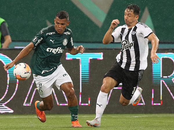 Atacante palmeirense tem lesão muscular e perderá a disputa do torneio. Foto: Cesar Greco