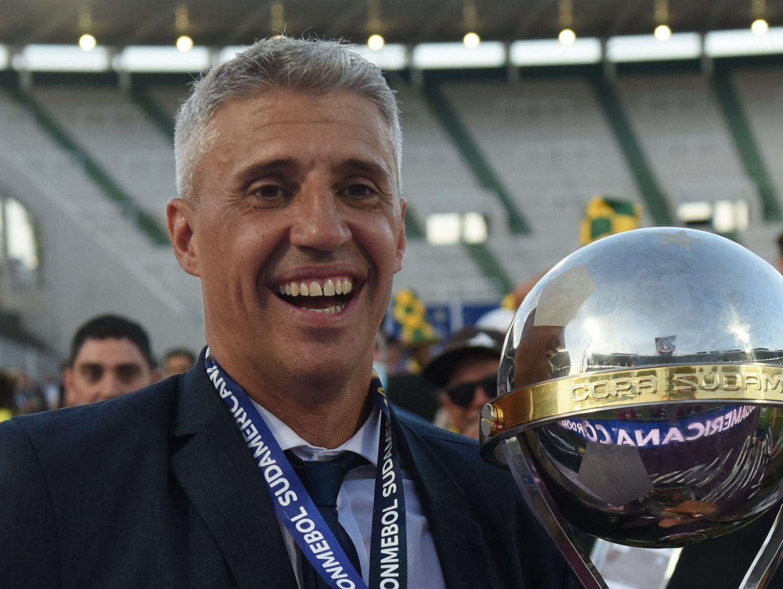 Treinador argentino destacou ter conversas com os rivais paulistas. Foto: Facebook/Reprodução