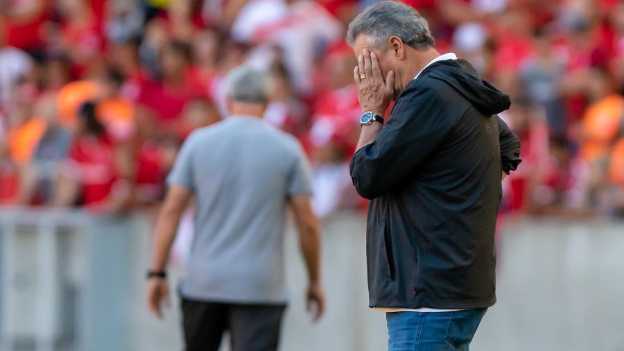 Abel Braga entregará o cargo no Flamengo na tarde de hoje