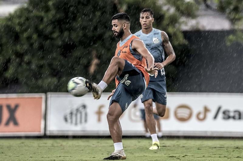Felipe Jonatan está sendo monitorado pela Juve. Foto: Ivan Storti/Santos