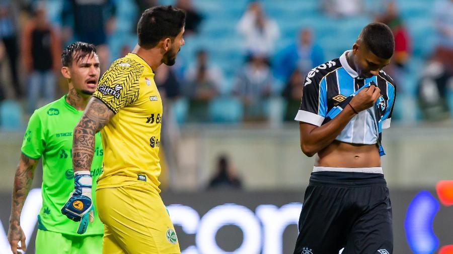 Jean Pyerre perdeu contra o Juventude. Foto: Jeferson Guareze/AGIF