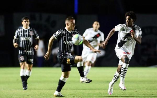 No primeiro turno, vitória do Timão em São Januário. Foto:Rodrigo Coca/Ag. Corinthians