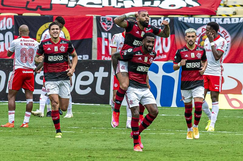 Mengão superou os 60% de probabilidades de levantar a taça do Brasileiro. Foto: Maarcelo Cortes / Flamengo