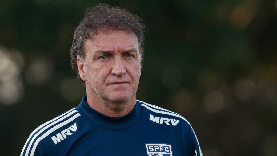 Antes do treino de ontem, o técnico conversou com Leco e novamente com Raí