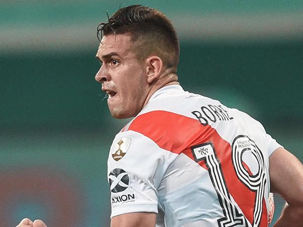 Borré decidiu permanecer na Argentina pelo menos até junho, afirma jornal. Foto: Facebook/River Plate