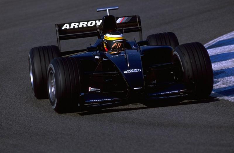 Arrows na pré-temporada de 2000, com Pedro de La Rosa. Mentira em busca de patrocínios. Foto: Divulgação