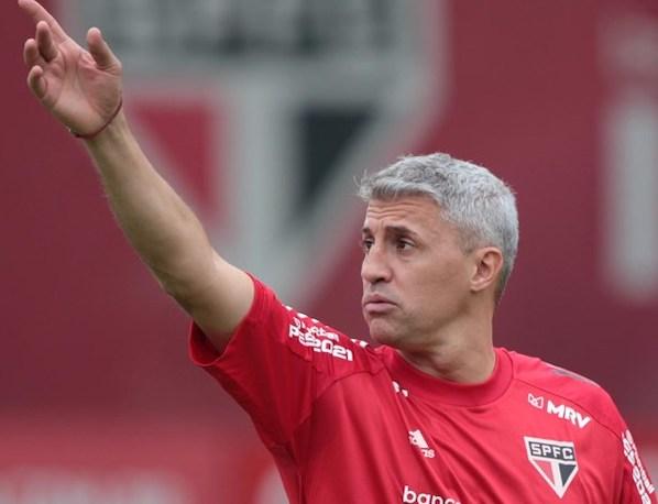 Hernán Crespo fez a sua estreia como técnico do Tricolor. Foto: Rubens Chiri/SPFC