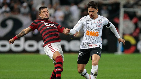 Corinthians e Flamengo jogam partida de volta das oitavas da Copa do Brasil nesta terça. Foto: Marcello Zambrana/AGIF/Via UOL