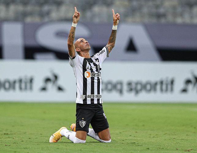 Centroavante assinou novo vínculo até 31 de maio com o Galo. Foto: Pedro Souza/Atlético