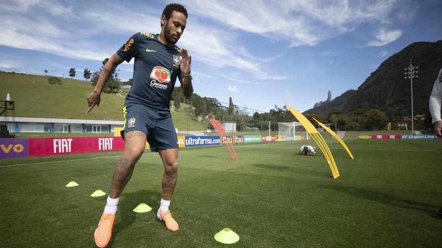 Atacante do Paris Saint-Germain tem passado por dias turbulentos na seleção brasileira